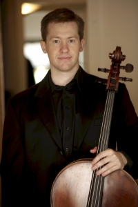 Alistair MacRae, cellist